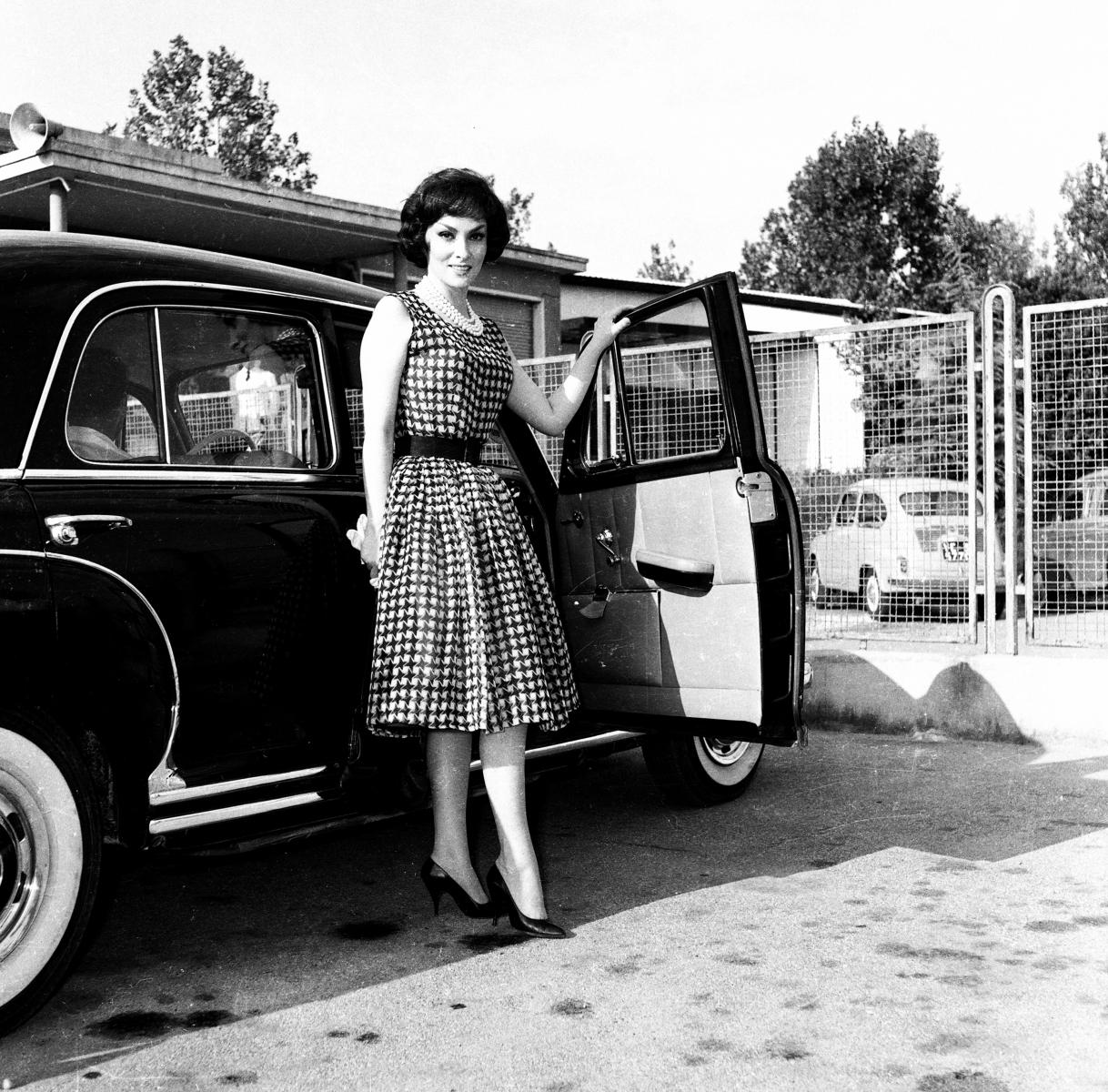 00634LOLLOBRIGIDA-1960