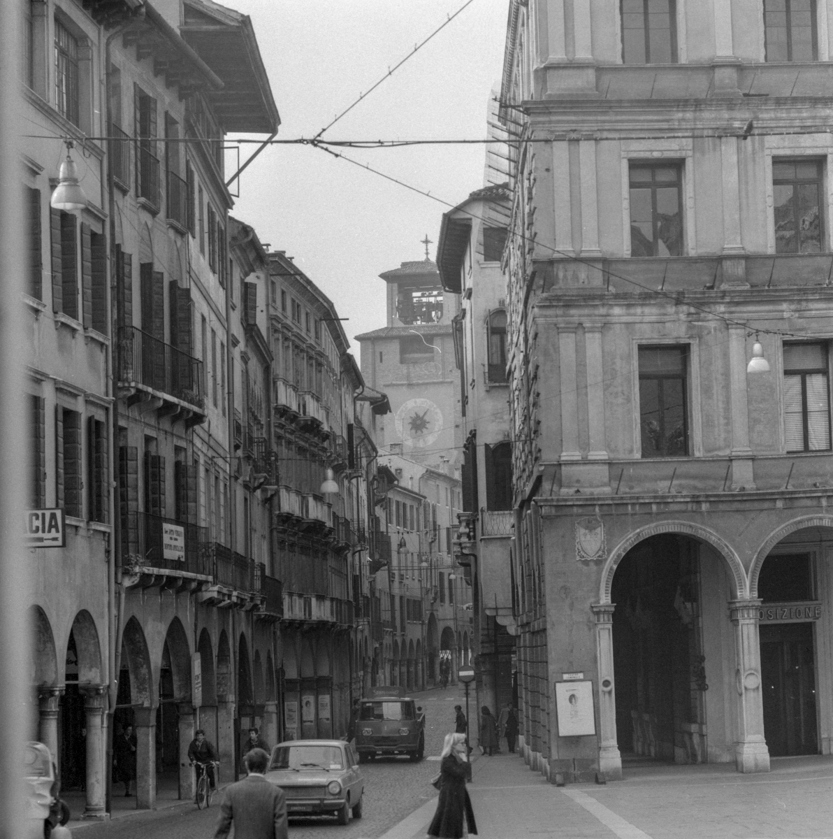 piazza10-1977