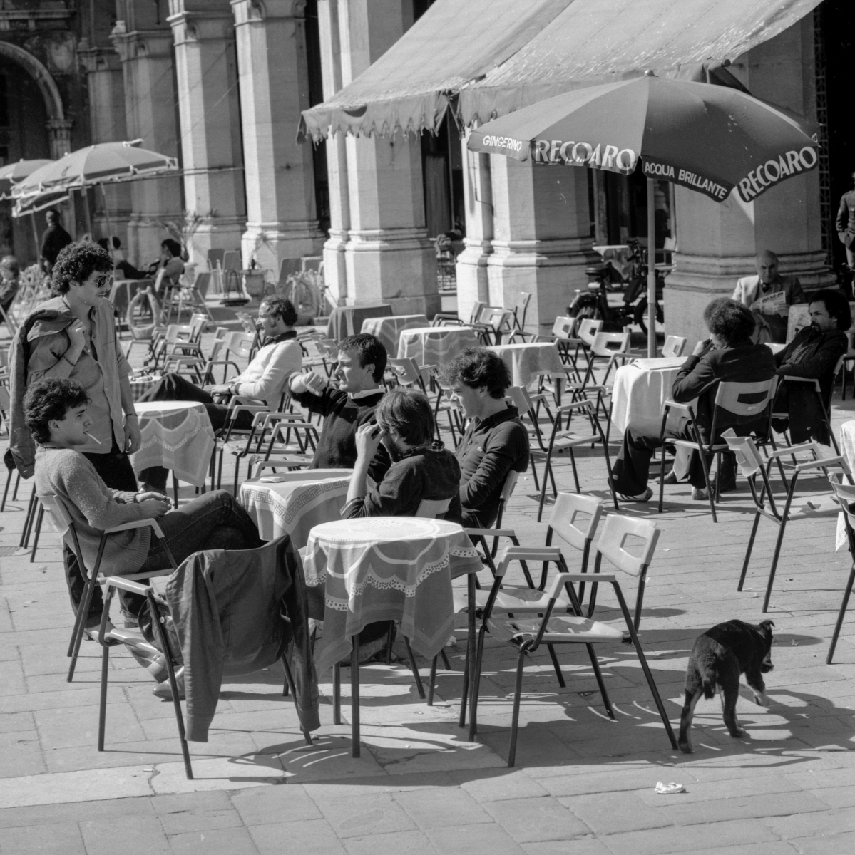 piazza11-1977