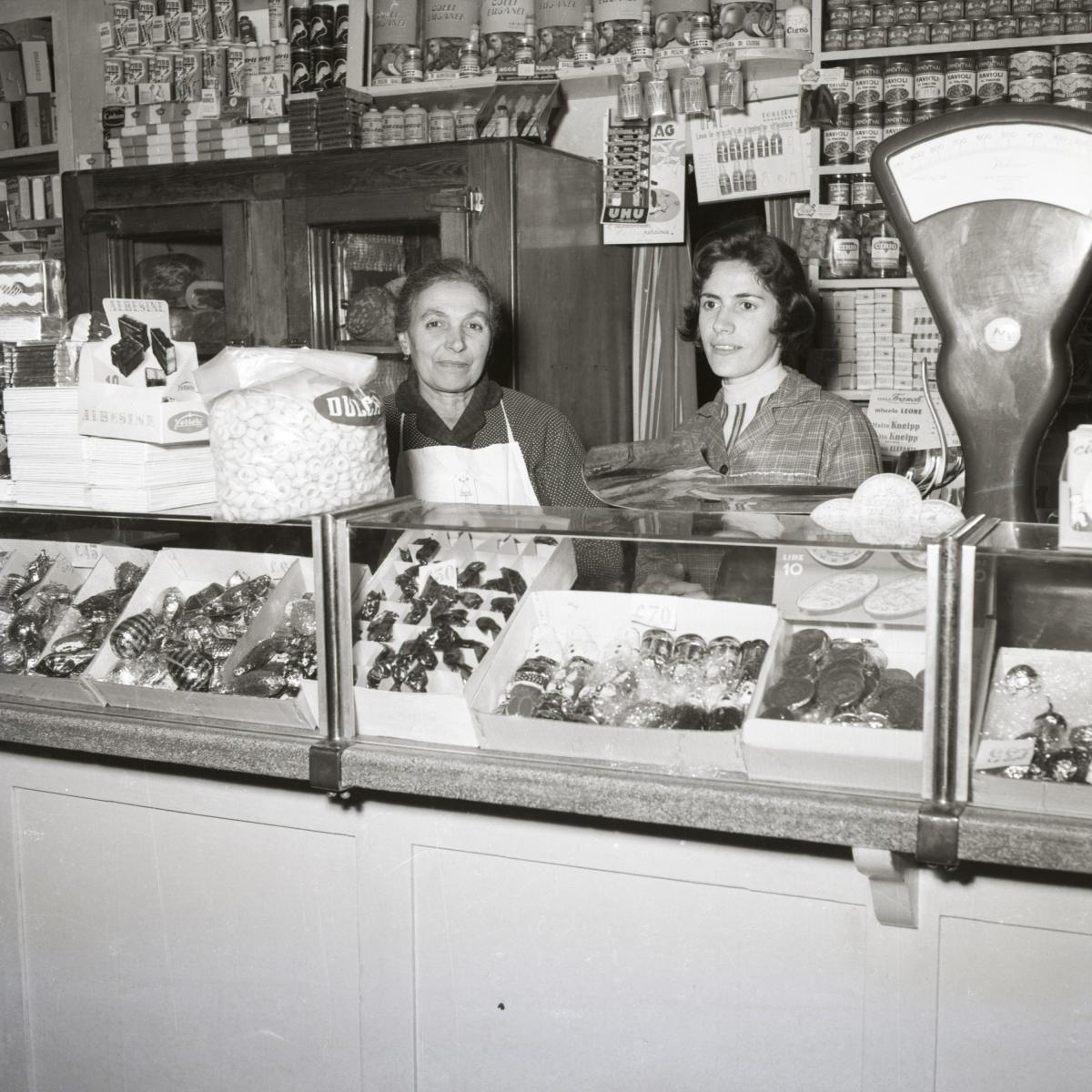 VARIE-1961